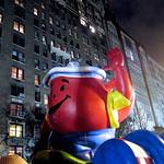2013_Macys_Parade_Balloon_Inflation 1